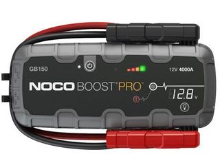 NOCO Boost Pro GB150 4000 Amp 12 Volt UltraSafe lithium Jump Starter For Up To 10 liter Gasoline And Diesel Engines