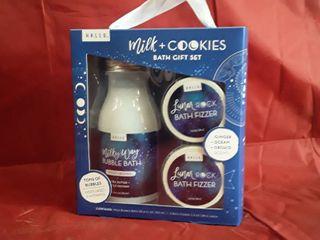 Hallu Milk and Cookies Bath Gift Set