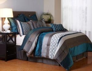 Nanshing Avalon 8 piece Cal King Comforter Set  Retail 125 98