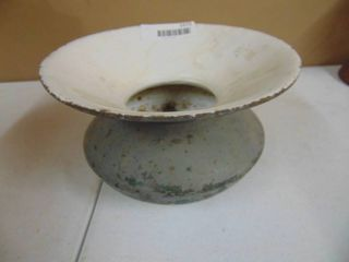 Cast iron spitoon