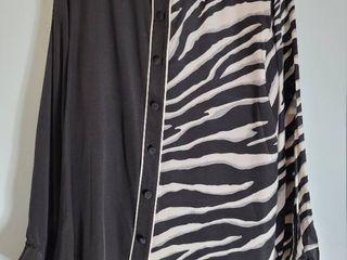Bob Mackie Size large Zebra Print Button Up Blouse