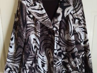 Susan Graver Style Polyester Animal Print Jacket with Brown Shirt Size large