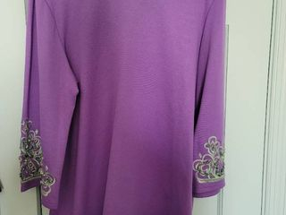 Bob Mackie lavender Blouse with Turquoise Beaded Sleeve Size l