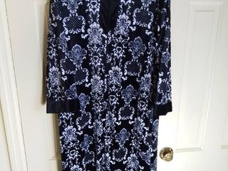 Black and White Damask Velour Nightgown No Tags