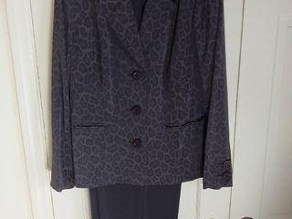 Brown 2 Piece Dialogue Pant Suit Size 16