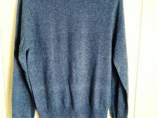 Grey Halston III Cashmere Sweater Size large