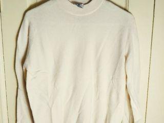 Cream Cashmere Sweater Made in Scotland for the Edinburgh Woollen Mill Size 40