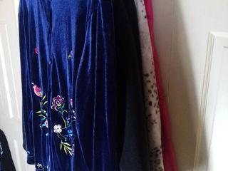 Susan Graver Clothes Size large