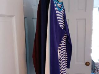 lot Of 5 Susan Graver Tops In Assorted Sizes
