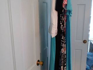 Great lot Of Spring Dresses From Denim Co  Size large