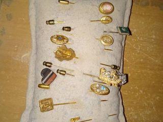 Mega lot Of Vintage long Hat Pins With Cushion