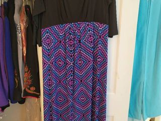 Bob Mackie Size large Black  Warm Colors Flow Dress