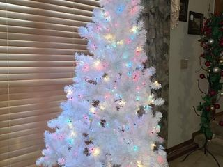 6 ft  Pre lit White Christmas Tree