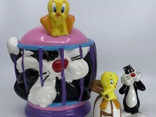 looney Tunes Tweety and Sylvester cookie jar