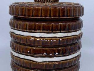 Sandwich cookie jar