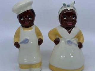Mammy and Pappy salt and pepper shakers