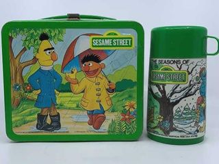 1983 Sesame Street lunch box   thermos