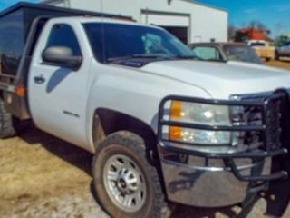 2011 Chevy 3500 HD 4WD Butler Bale Bed