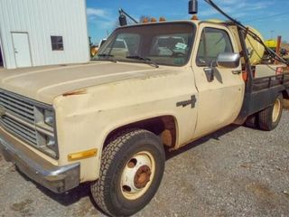 1983 Chevy K20 Flatbed Dually w  spray rig mounted
