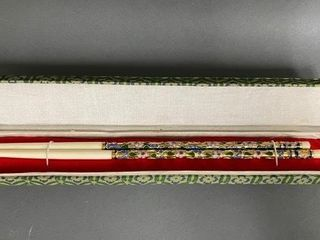 Ivory Presentation Decorated Chopstick