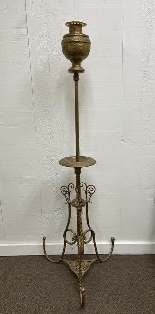 large Brass Tri Footed Oil lamp