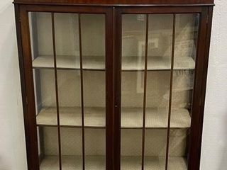 Bow Front Display Cabinet late 1800 s