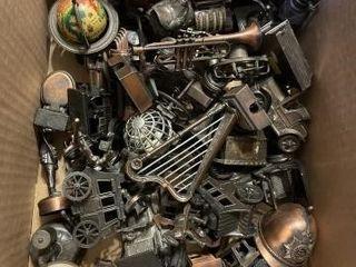 Huge a lot of vintage pencil sharpeners