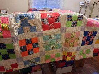 Vintage square patch quilt  approx  72IJX86IJ