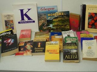 lot of Books   All Kinds    Danielle Steel    More  See Photos
