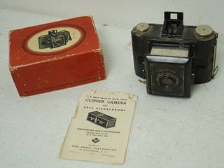 Vintage Clipper Camera w  Original Box and Papers