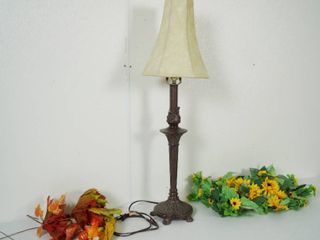 lot of Flower Decor and lamp w  Shade  See Photos