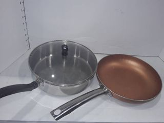 Farberware Skillet with a lid and a Copper Skillet