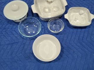Assorted Corning Ware and Pyrex bakeware