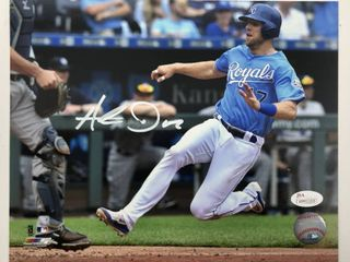 Signed Hunter Dozier Kansas City Royals 8x10 Photograph with JSA Witnessed Certification