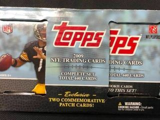 Complete 2009 Topps Football Trading Card Set with Matthew Stafford Rookie