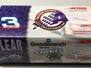 New In Box Dale Earnhardt 1 24 Diecast Car  3 Oreo 2001 Monte Carlo 1 of 6 000