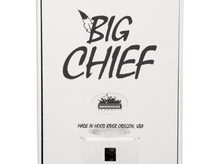 Smokehouse Big Chief Front load Smoker   MSRP  125 44
