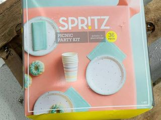 Boxed Paper Picnic Party Kit