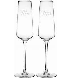 Mr   amp  Mrs  9 5 OZ Wedding Champagne Glasses