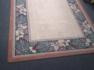 Floral bordered area rug 91 1 2 in l X 66 in W