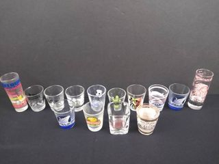 lot of 14 assorted state shot glasses