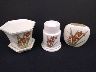Set of 4 matching fine china  tallest is 5 in H