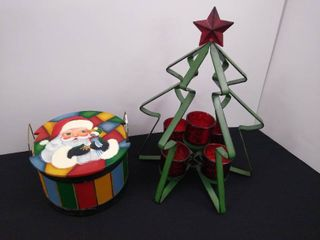 Decorative wooden basket with cover and metal Christmas tree with 5 candle holders
