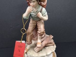 Porcellana Capodimonte figurine with a certificate of warranty 8 1 2 in H