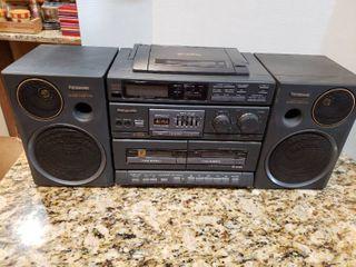Panasonic CD Dual Cassette Boombox System   Model RX DT680