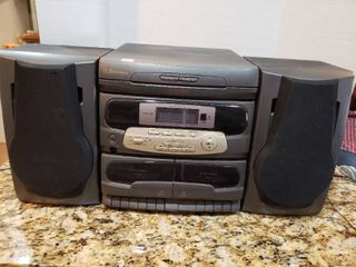 Emerson 3 Disc Dual Cassette Boombox Stereo System   Model SP 7777