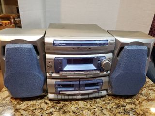Emerson 3 Disc Dual Cassette Boombox Stereo System