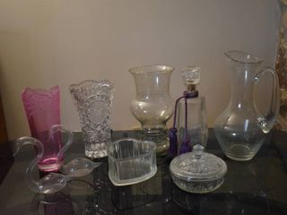 lot of 9 Assorted Glass Canisters  Vases    Decor Items