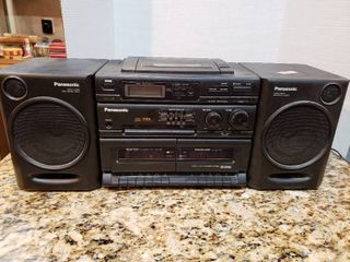 Panasonic CD Dual Cassette Boombox Stereo System Model RX DT610