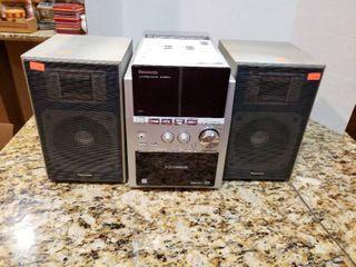 Panasonic CD Stereo Bookshelf System SA PM533 5 Disc Changer   Model CD E67